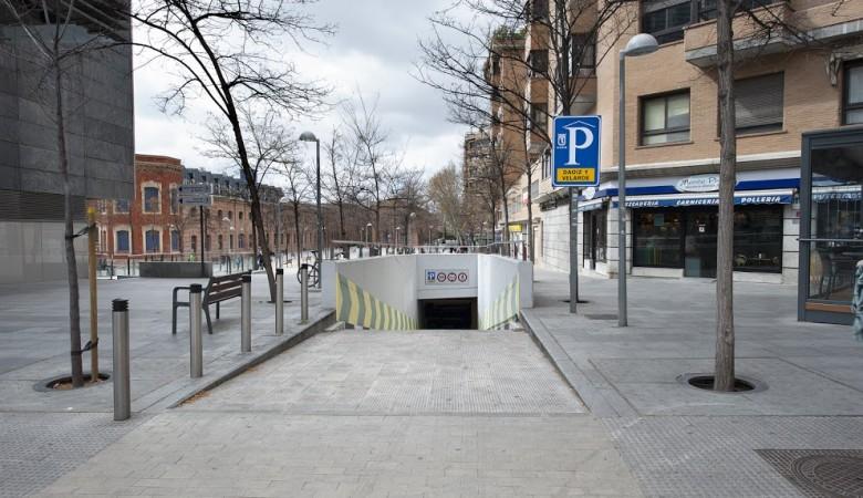 Entrada Parking Atocha Daoíz y Velarde