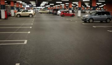 Entre los parkings más baratos de los aeropuertos en España se encuentran el de Valladolid o el de Murcia